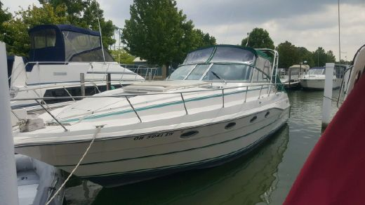 1990 Cruiser's Inc 3670 ESpirit