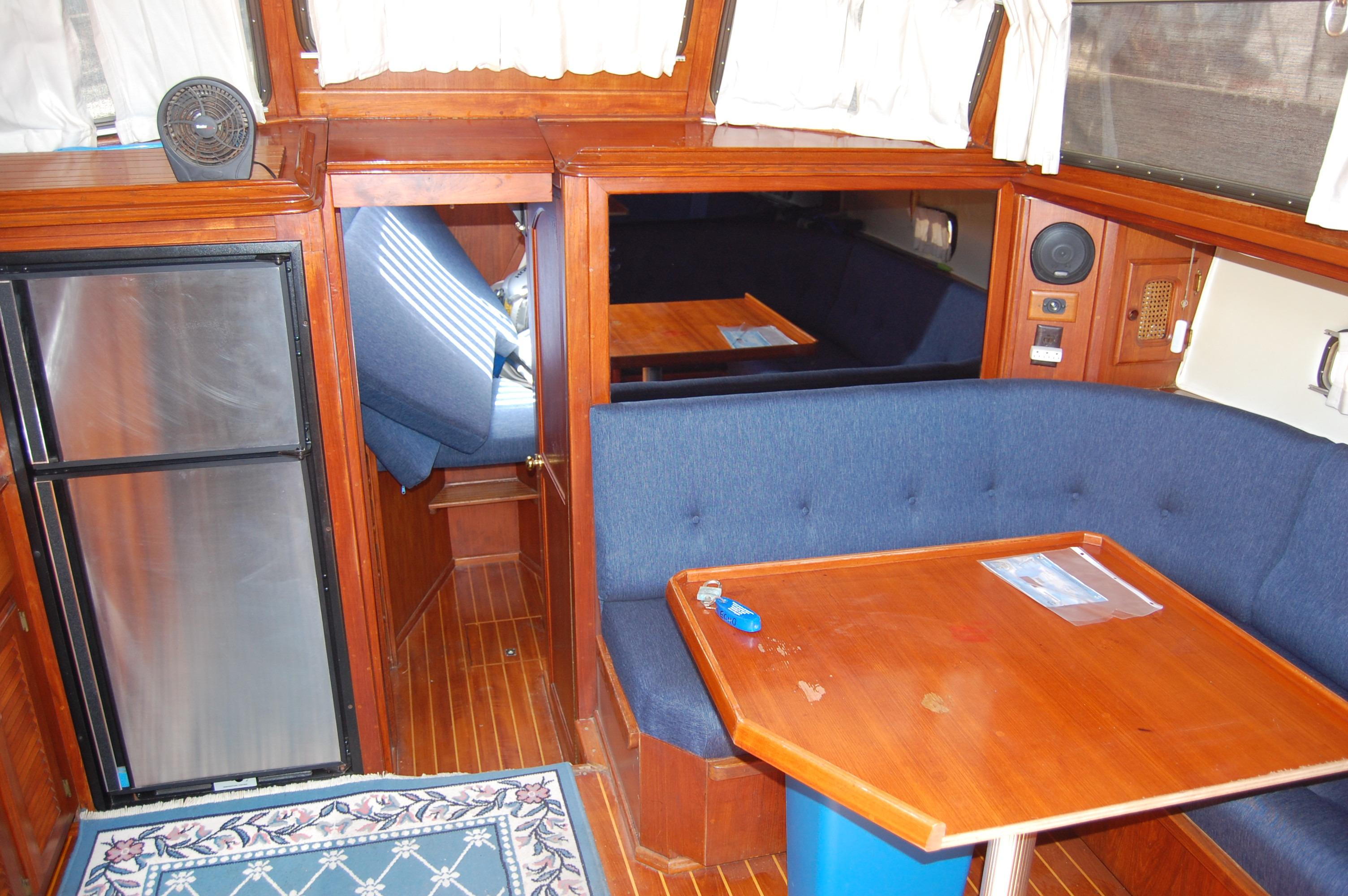 41' Islander Freeport+Photo 19