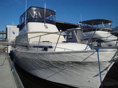 1987 Mainship 36 Nantucket Sedan