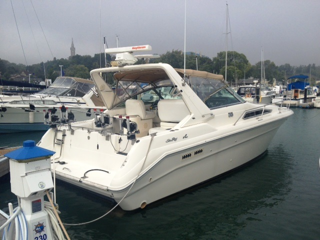 Pewaukee (WI) United States  City new picture : 1993 Sea Ray 330 Power Boat For Sale www.yachtworld.com