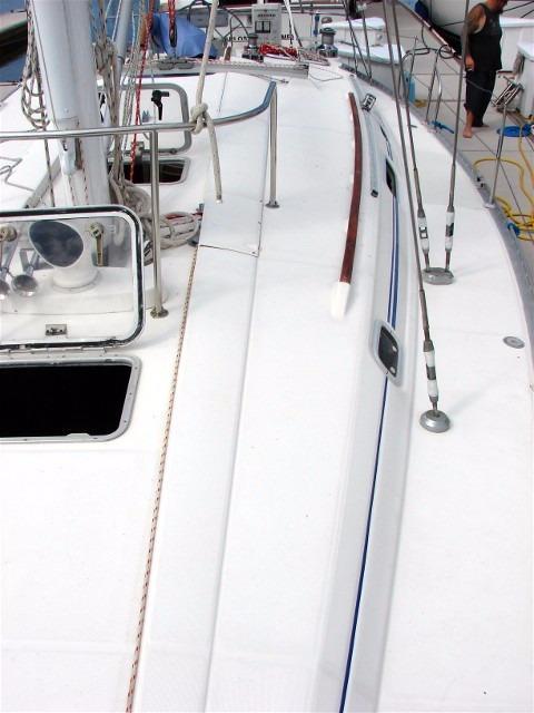 44' Beneteau Oceanis 440 Aft Cockpit Sloop+Stern