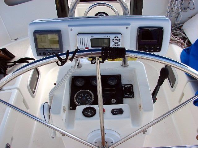 44' Beneteau Oceanis 440 Aft Cockpit Sloop+Forward head
