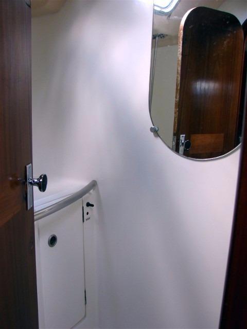 44' Beneteau Oceanis 440 Aft Cockpit Sloop+Main panel