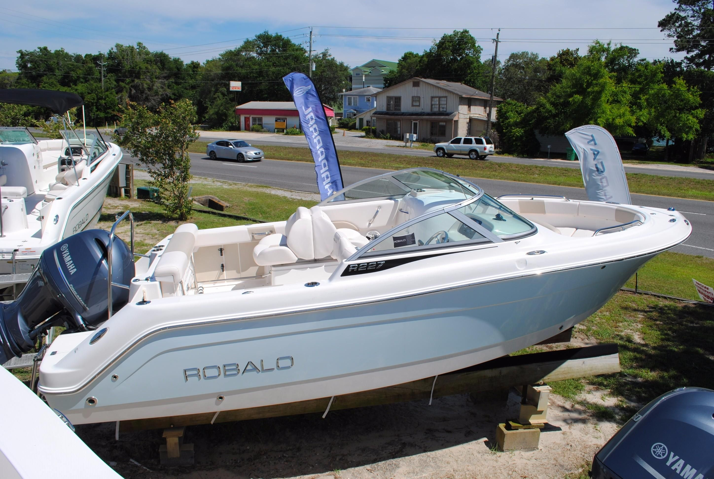 2017 robalo 227 dual console motore barca in vendita www for Robalo fish in english