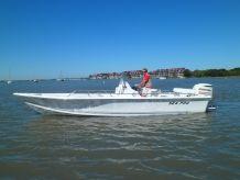 2004 Sea Pro SV2400CC Bay Boat