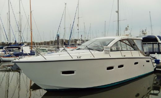 2013 Sealine SC35