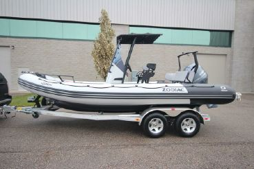 2019 Zodiac Open 6.5 PVC Demo 150hp In Stock