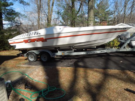 1999 Wellcraft Scarab 23