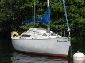 1984 Beneteau First 24