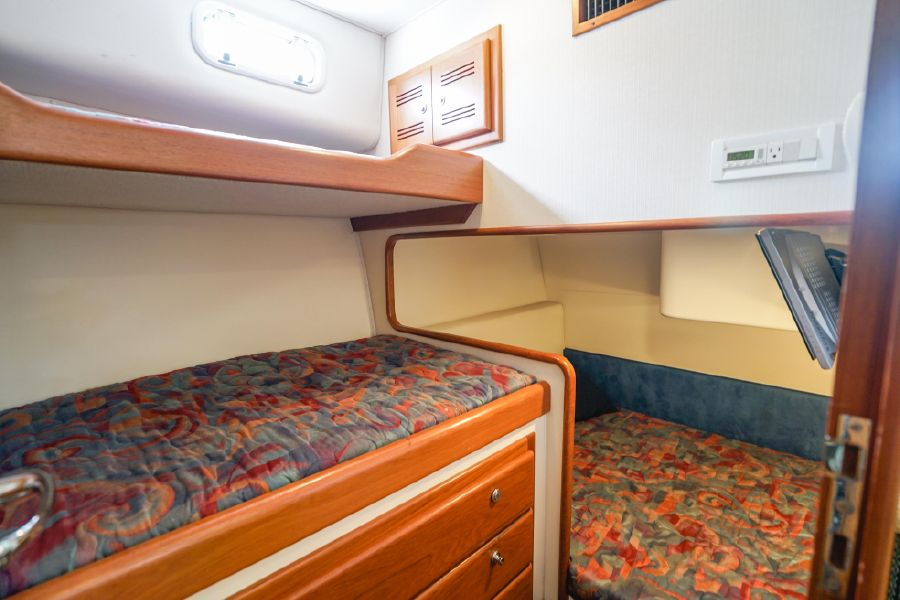 Cabo 47 Flybridge Guest Stateroom