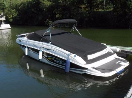 2002 Rinker 232 Captiva Cuddy