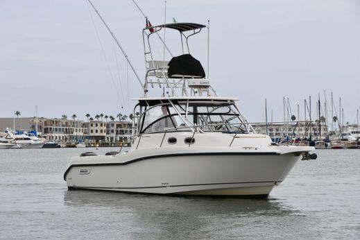 2007 Boston Whaler 305 Conquest