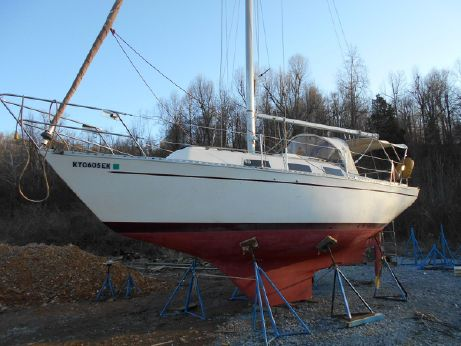1977 Columbia Sloop