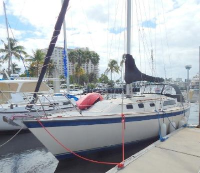 1982 O'day 34 Sloop