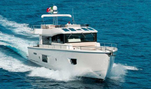 2018 Cranchi Trawler T53