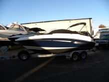 2017 Sea Ray SDX 220 Outboard