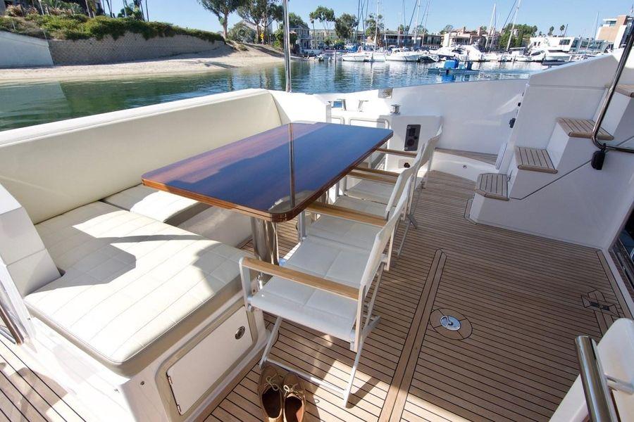 Azimut 66 Flybridge Yacht for sale in Newport Beach