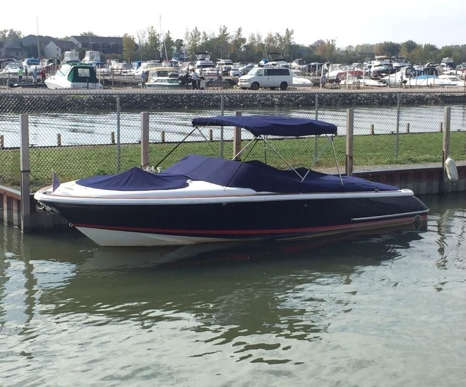 2005 chris craft launch 28 power boat for sale www for Chris craft boat club