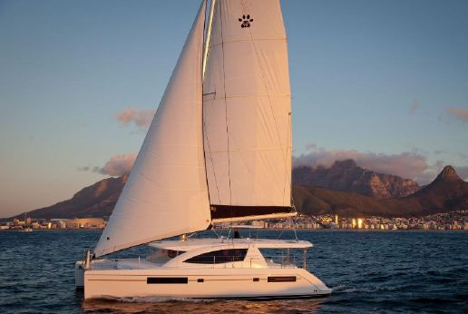 2015 Leopard Catamarans Leopard 48 #133 3 cabins 220V