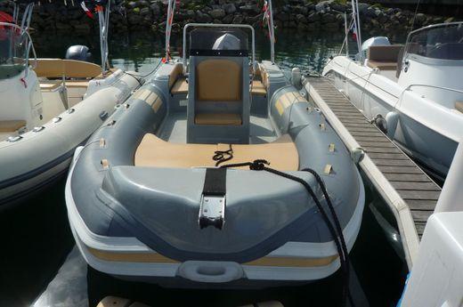 2017 Nautica Nautica LED 680