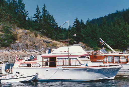 1972 Canoe Cove 37 Tri-Cabin