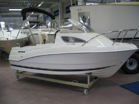 2013 Quicksilver 430 Cabin