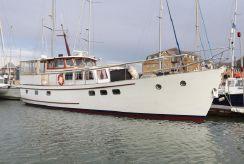 1960 Classic Fleur de Lys motor yacht