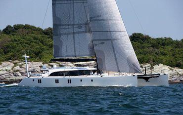 2010 Gunboat 90