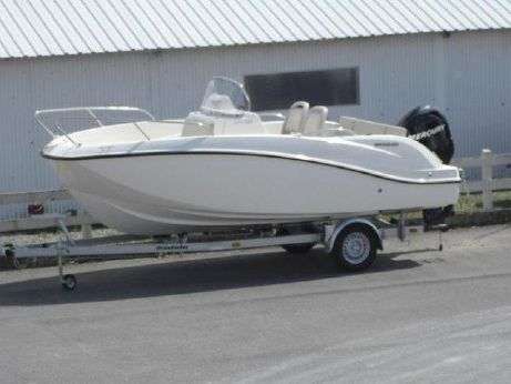 2012 Quicksilver 555 Open