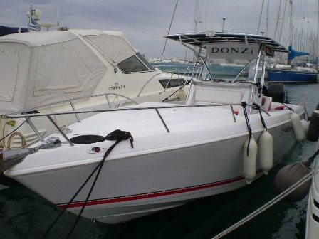 2005 Donzi 35 ZF Cuddy