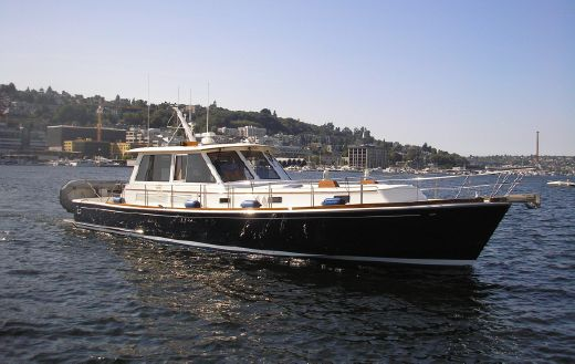 2004 Grand Banks Eastbay 54 SX