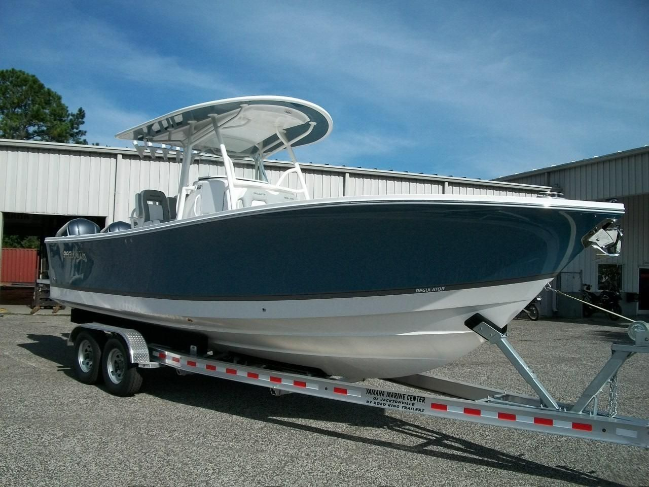 2019 regulator 28 power new and used boats for sale www for Center console fishing boats for sale