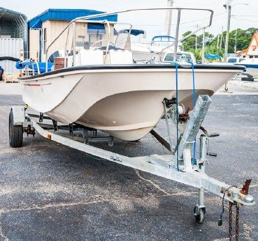 1995 Boston Whaler 17 Montauk