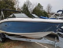 2020 Sea Ray SPX 190 OB