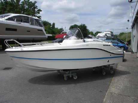 2017 Quicksilver Activ 455 Open
