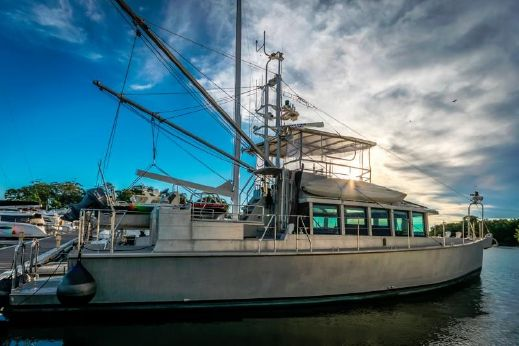 2014 Circa Marine FPB64
