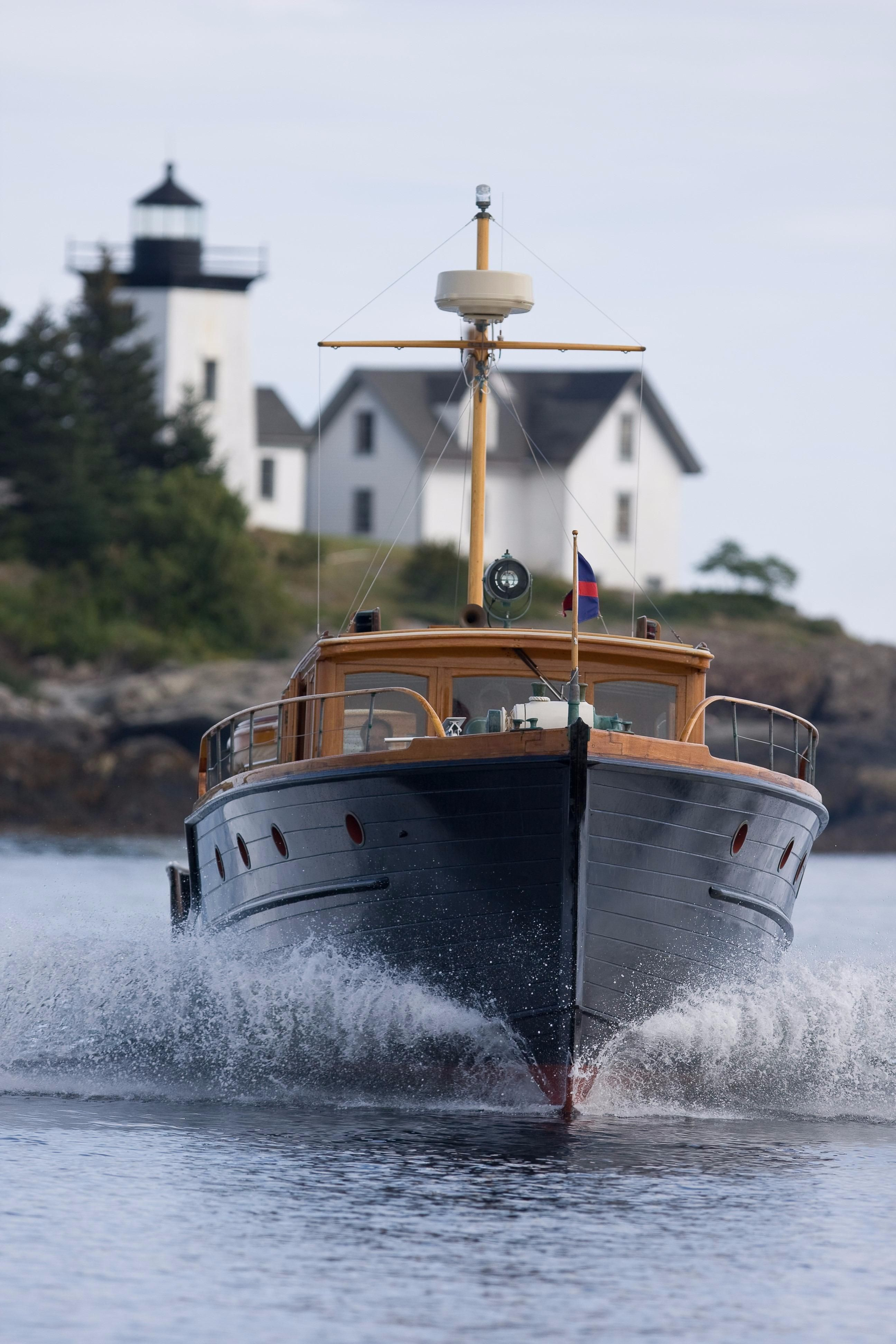 1927 classic commuter power boat for sale for Vintage motor yachts for sale