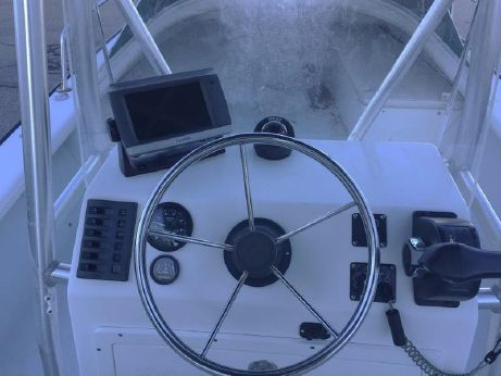 2006 Eastern 22' CENTER CONSOLE