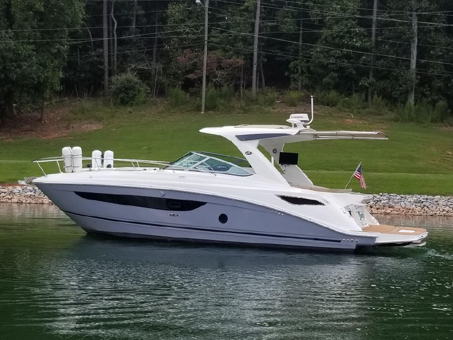 2017 Sea Ray 350 Sundancer Power Boat For Sale - www yachtworld com
