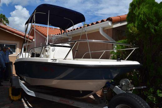 2012 Boston Whaler 170 Dauntless