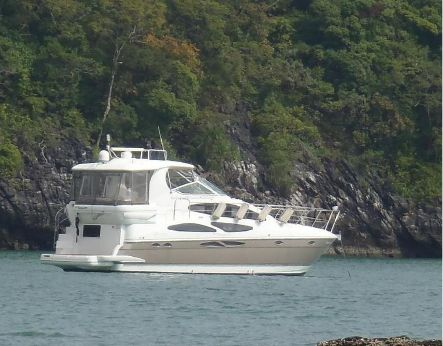 2009 Cruiser Yachts 415 Express