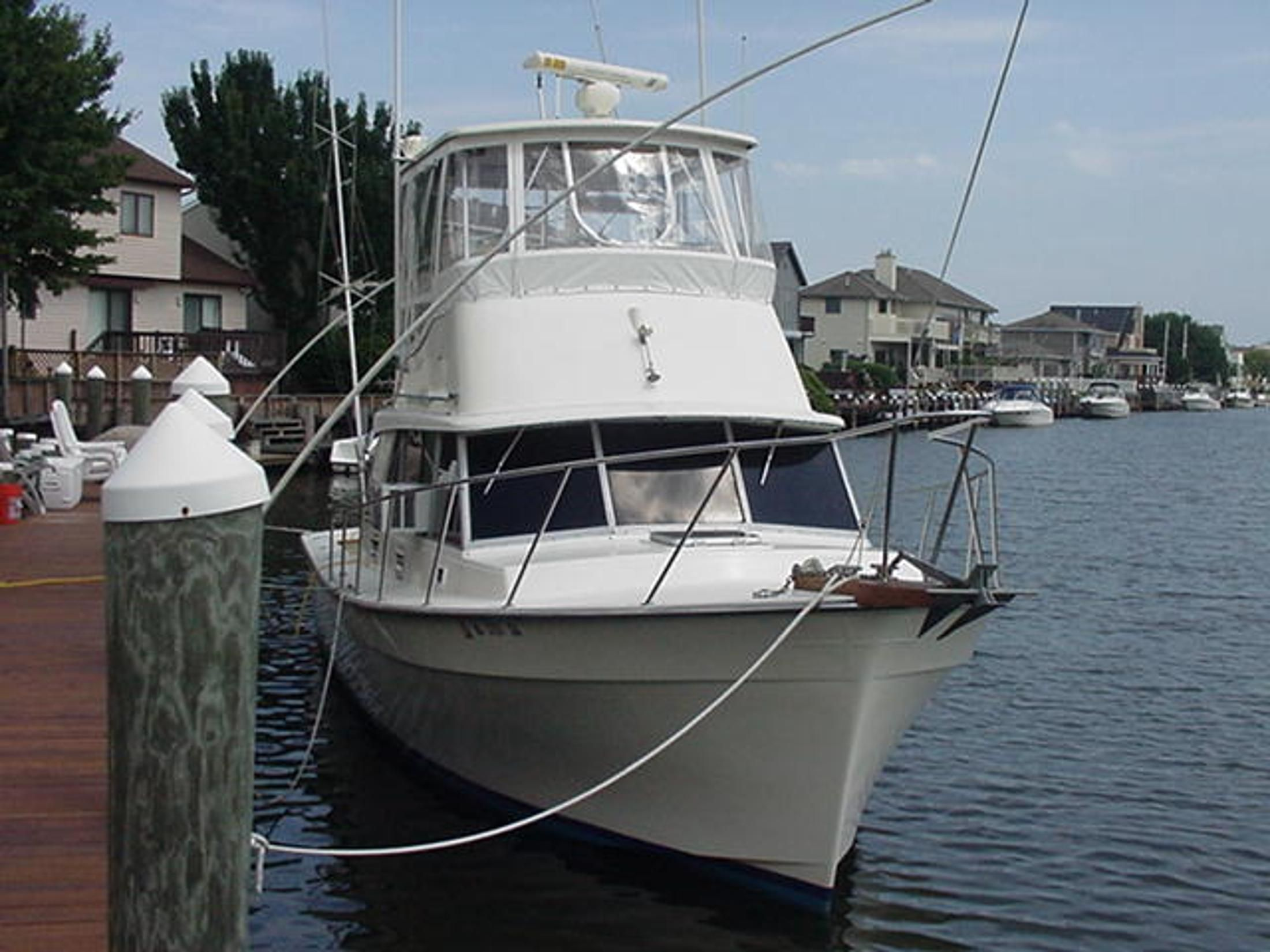 1987 Henriques Maine Coaster 35 Power Boat For Sale - www ...