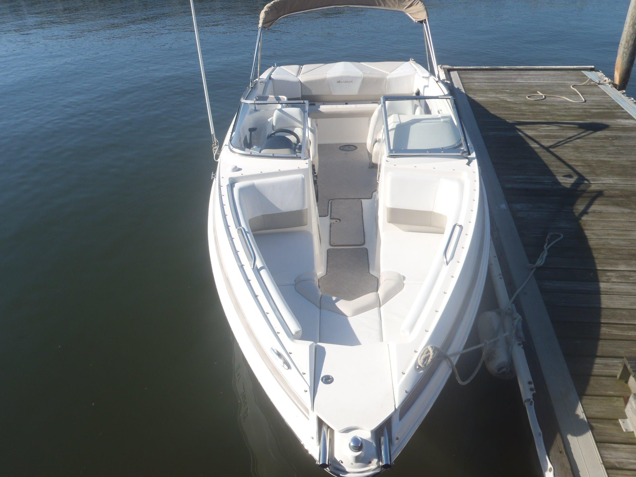 """Larson lxi"" boat listings"