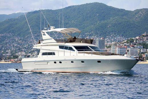 1997 Ferretti Yachts 65