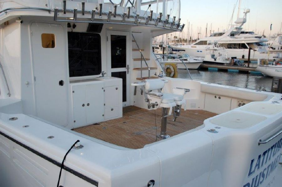 Mikelson 57 Sportfishing Yacht Cockpit