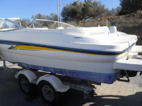 2004 Bayliner 219 SD