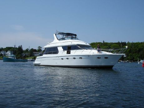 2000 Carver Voyager Pilothouse - Sport Cruiser