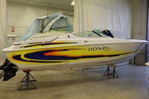 2005 Donzi 28 ZX