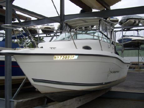 1999 Seaswirl 2100 Walkaround O/B