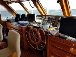 photo of  78' DeFever Motor Yacht